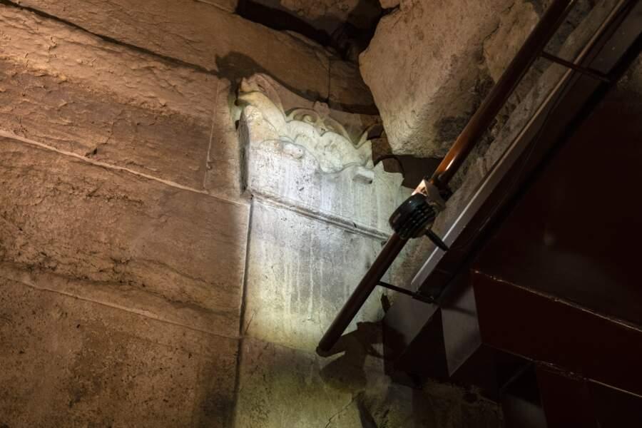 Vestiges des fontaines qui fonctionnaient dans le bâtiment vieux de 2000 ans.