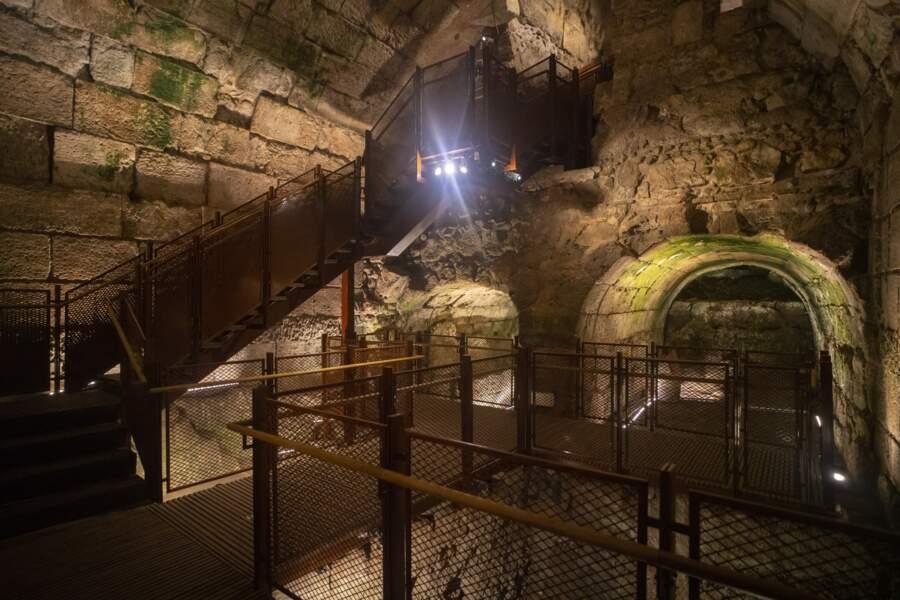 Le nouveau parcours des visiteurs dans les tunnels du Mur occidental.
