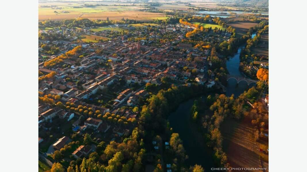 Vue aérienne de la bastide de Mazères