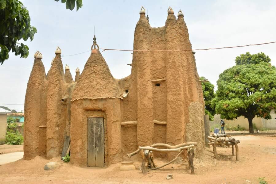 Les mosquées de style soudanais du nord ivoirien (Côte d'Ivoire)