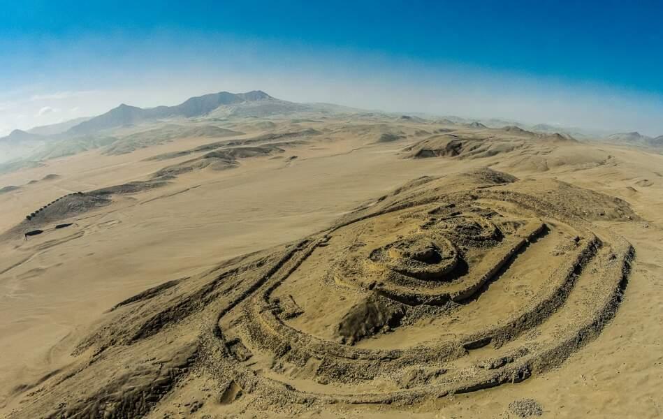 L'ensemble archéoastronomique de Chanquillo (Pérou)