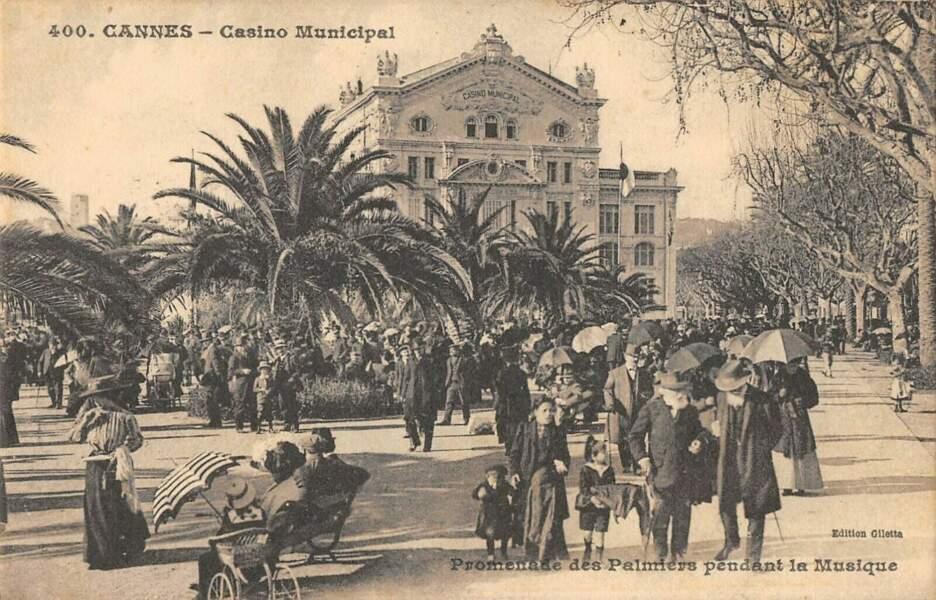 Cannes à l'heure de la promenade