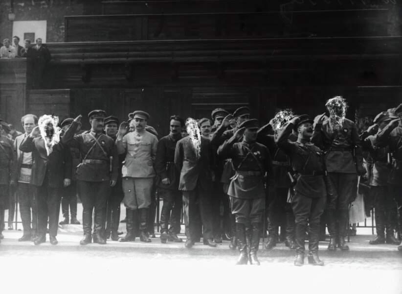 Staline a tout fait pour effacer ou réécrire l'histoire