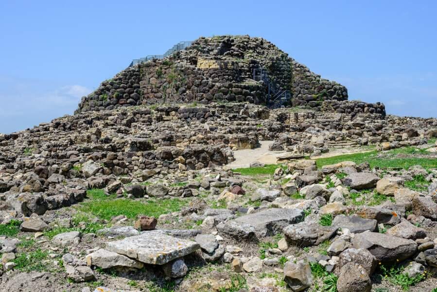 La forteresse nuragique de Su Nuraxi