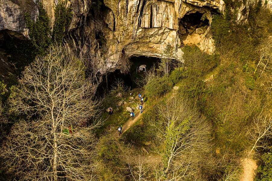 Une grotte chargée d'histoire