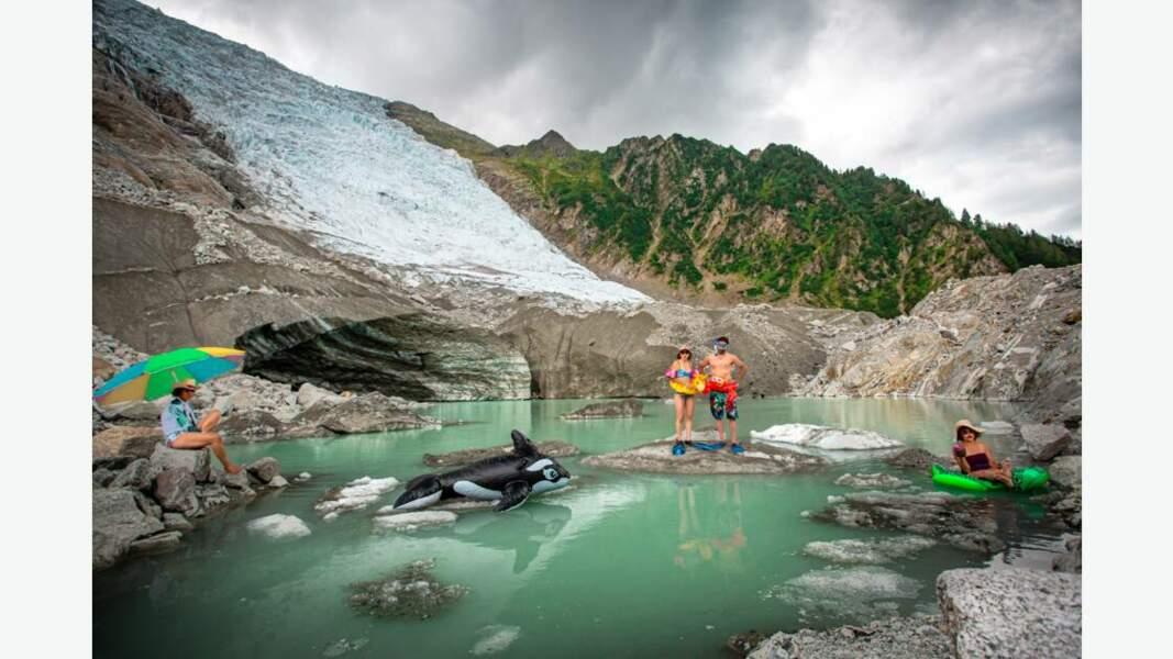 Fonte des glaces, les glaciers boivent la tasse par Julia Roger-Veyer - Ascent Photography